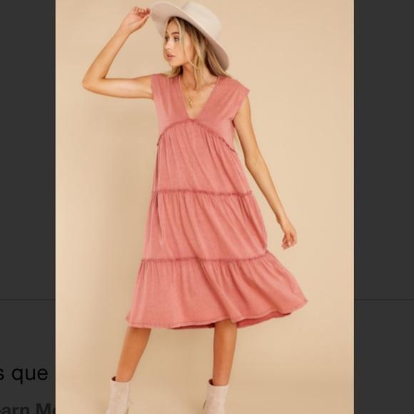 VICI Rust Tiered Midi Dress